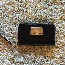 Michael Kors Essential Zip Wallet-Wristlet-Iphone Case 4 or 5 Black Photo