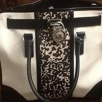 Michael Kors Hamilton Handbag Photo