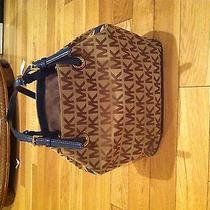 Michael Kors Hand Bag Photo