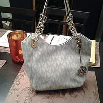 Michael Kors Handbag Photo