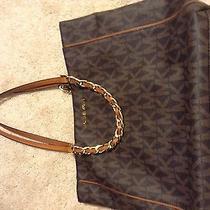 Michael Kors Harper Handbag Photo