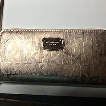 Michael Kors Metallic Nwt Rose Gold Logo Patent Leather Large Wristlet Wallet Photo