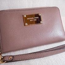 Michael Kors Saffiano Leather Iphone 6 Flat Phone Wristlet Wallet Photo