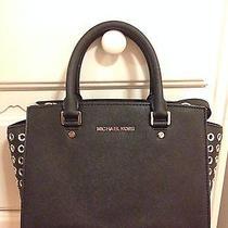 Michael Kors Selma Handbag Photo