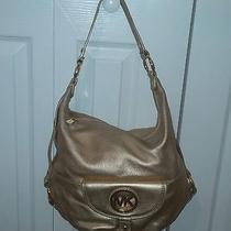 Michael Kors Shoulder Bag Photo