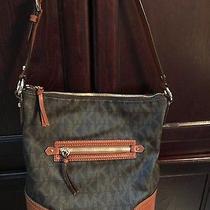 Michael Kors Shoulder Handbag Photo