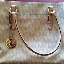 Michael Kors Tote Bag Photo