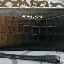 Michael Korstravel Continental Embossed Leather Wristlet Walletblacknwt 178  Photo