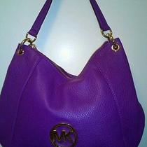 Michael Kors Violet Colored med.leather Handbag Photo