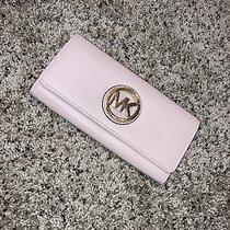 Michael Kors Wallet- Light Pink/gold Photo