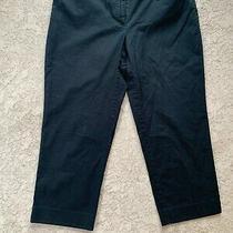 Michael Kors Women Capri Pants Sz 6 Black Mk Gold Emblem on Front Excellent Cond Photo