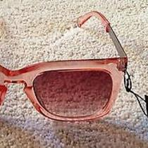 Minkpink Sunglasses Photo