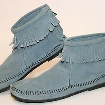 Minnetonka 285 Womens 8 Storm Blue Suede Fringed Moccasin Booties Ankle Boots  Photo
