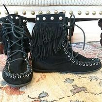 Minnetonka 6 Women's Moccasin Ankle  Boots Black Suede Studded Fringe  Size 6 Photo
