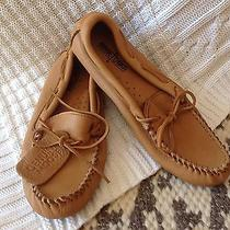 Minnetonka 950 Moosehide Driving Moccasin Natural  Mens Size 9 Photo