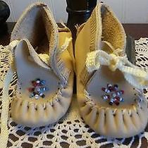 Minnetonka Baby Moccasins Photo