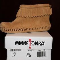 Minnetonka Boots Infant Size 5 Photo
