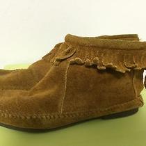 Minnetonka Boots Size 7  Photo