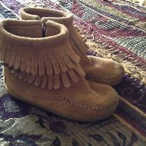 Minnetonka Boots Size 8 Photo