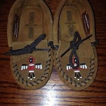 Minnetonka Childrens Moccasin Shoes Size 8 Photo
