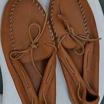 Minnetonka Mens Leather Moccasins Photo