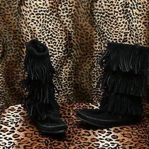 Minnetonka   Moccasin Black Swede  Leather  Moccasin Fringe Boots  Women's   8 Photo