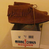 Minnetonka Moccasin  Fringed Brown Suede Ankle Boot 982 Men's Size 7 Photo
