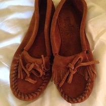 Minnetonka Moccasin Size 6 Photo