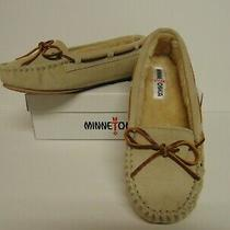 Minnetonka Moccasins Cally Slipper Stone Suede Womens Size 9  Fur Lined  New  Photo