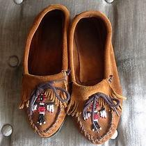 Minnetonka Moccasins Size 6 Photo