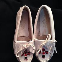 Minnetonka Moccasins White Size 1 Girls Photo