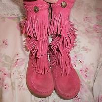 Minnetonka Pink Suede Boots Size 2 Girls Like Brand New Photo