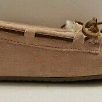 Minnetonka Pink Suede Slip on Lined Moccasins Flats Slippers Women's Size Us 7 Photo