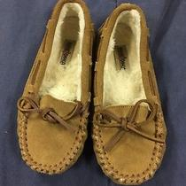 Minnetonka Size 1 Girls Moccasin Photo