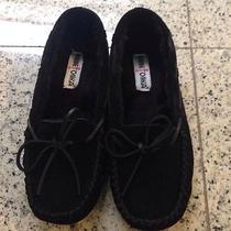 Minnetonka Size 9 Medium Black Suede Moccasins Photo