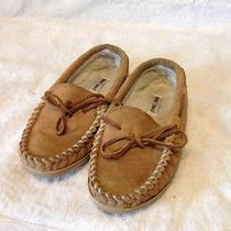 Minnetonka Slippers Size 4 Kids Leather Slippers Fuzzy Faux Fur Lining Youth Photo