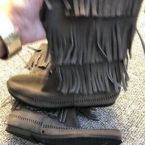 Minnetonka Women's 3-Layer Fringe Suede Boots Grey 10 M New Ret 98 Photo