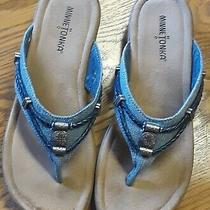 Minnetonka Women's Silverthorne Sandals Sz 9 Blue Boho Thong Slip on Flip Flops  Photo