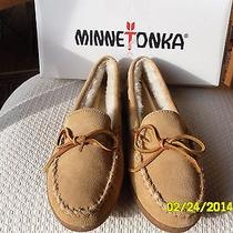 Minnetonka Women's Slippers 3501 Moccasins 10m New Tan Suede Pile Lined Hardsole Photo