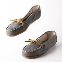 Minnetonka Womens Moccasins Loafers Shoes Sz 10 Blue Denim Slip on Shoes Photo