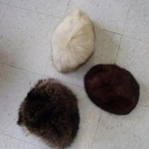 Mint 3 Fur Hat Lot Norwegian Fox Natural Raccoon & Dark Ranch Mink Women Woman Photo
