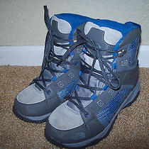 Mint Worn Twice Boy's the North Face Snow Blue & Gray Snow Boots Warm Insulated Photo