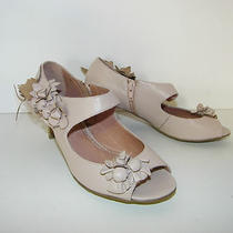 Miss Albright Shoes Sz 7.5 Blush Leather Kitten Heel Flower Adorn Zip Side New Photo