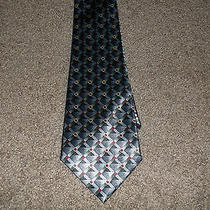 Modern Elements Geometric Tie Photo