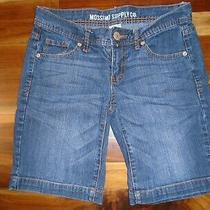 Mossimo Blue Jean Shorts Size 7 Fit 6 Inseam 8 1/2 In. Waist 30
