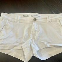 Mossimo Denim Women's White Jean Shorts Size 4 Photo