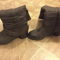 Mossimo Supply Co. Size 8 Grey Women Boots 2.2in Heels Photo
