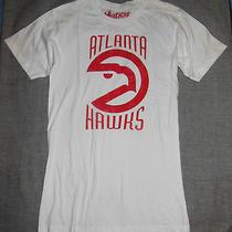 Mustache 3r Gade / Urban Outfitters Atlanta Hawks T Shirt Size S Photo
