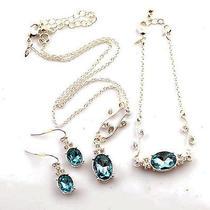 N392 Avon Silvertone Light Blue Necklace Bracelet Earrings Set New With Box Photo