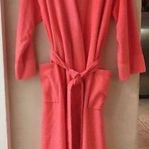 Natori Ladies Large Coral Robe Long Sleeves v Neck Patch Pockets Photo